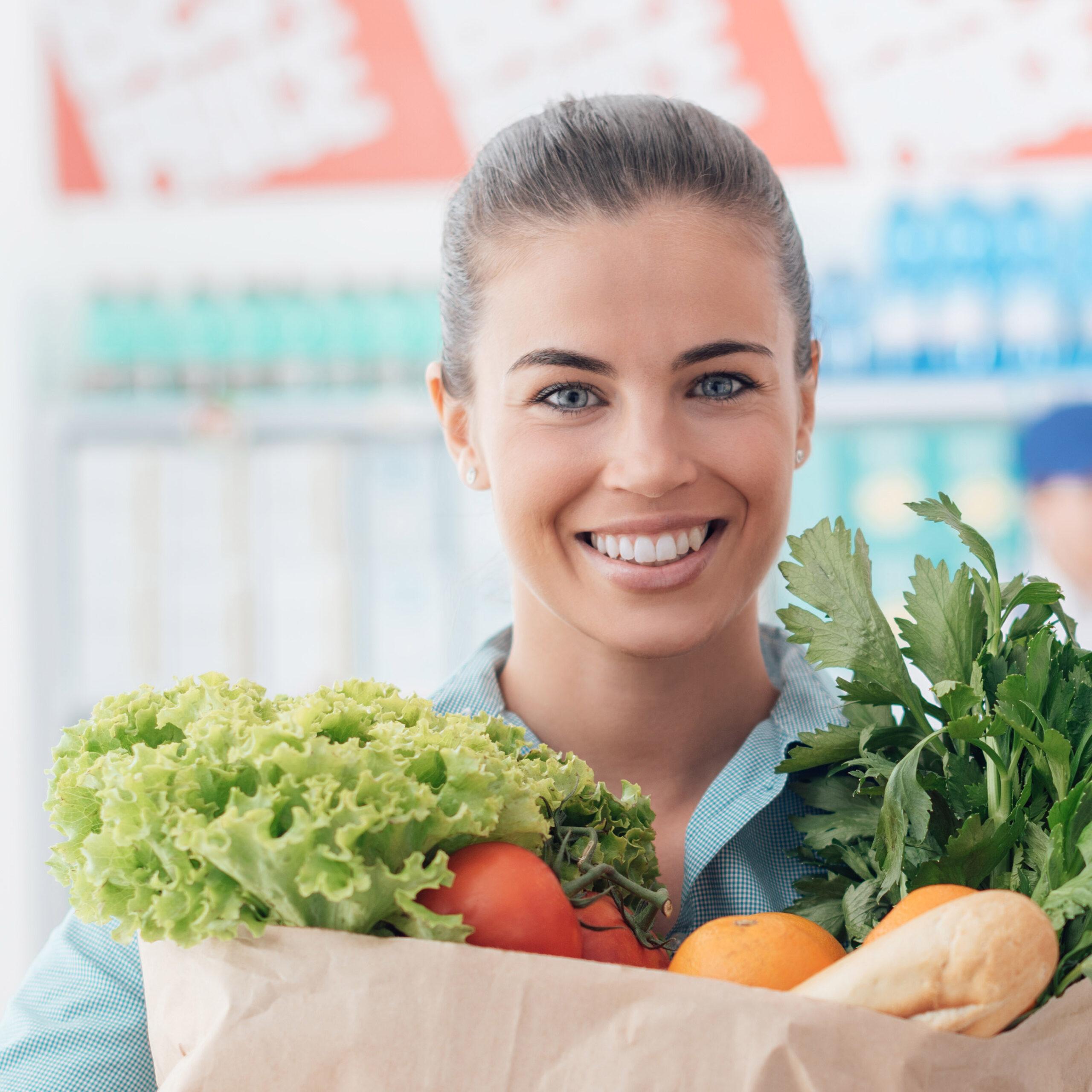 stile di vita sano spesa sorriso